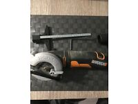Worx power hand circular saw WX423 400w 85mm hardly used in box
