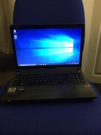 """Gaming laptop Clevo W350 i5 2.60GHz 15.6"""" HD SCREEN 8GB RAM 240GB SSD WEBCAM HDMI USB 3.0"""