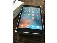📱🍏iPad mini one 16GB Immaculate Condition