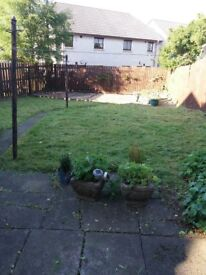 DOUBLE BEDROOM AVAILABLE FOR RENT IN HOUSE WITH GARDEN
