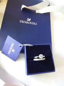 Swarovski diamonte wedding band and solitaire rings