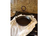 Old cast iron pan's/pot's