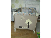Baby Weavers Travel Cot