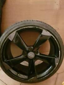 "19"" Audi Alloys"