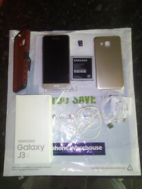 Samsung Galaxy J3(6) 2016 Gold 8GB, 8GB MicroSD + Hard case.