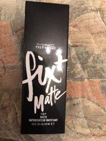 Mac prime and prep fix+matte make up fixing sprap