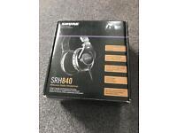 Shure SRH 840 studio reference headphones mint in box amazing headphones