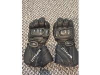Buffalo gloves