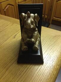 Elephant book end very heavy excellent condition