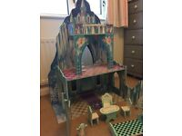 Large Toy castle - includes some furniture - excellent condition