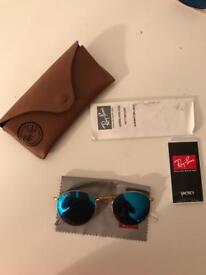 Female Ray ban sunglasses