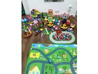 Huge bundle of peppa pig toys - will sell individual sets
