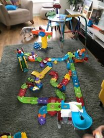 VTech toot toot drivers vehicles & play sets airport fire &police stations and construction set