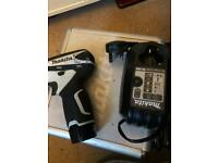 Makita td090d 10.8v impact driver with case & brand new battery & charger.