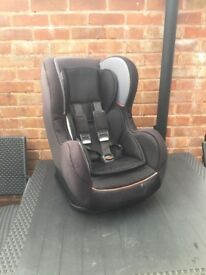 Adjustable recline car seat group 1