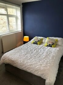 Newly Decorated Double Room in Surbiton
