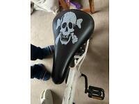 Boys pirate bike