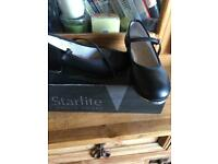 Tap dance shoes Cubans heel size 2 1/2