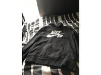 Nike sb hoodie aged 10/11