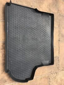 Mitsubishi boot liner can be cut to fit