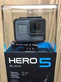 GoPro Hero 5 Black Edition - Mint Condition (SD Card Included)