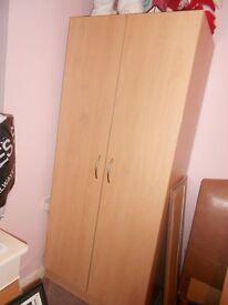doubel wardrob
