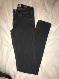Size 6 skinny jeans from boohoo. Never been worn. Selling for £5