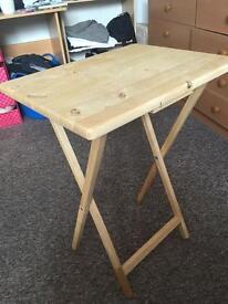 Table (folding)