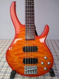 Peavey International Series 5 string bass guitar for sale near Mold, CH7