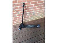 Black 3 wheel i-scooter