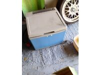 40lt camping fridge runs on mains electric, 12volt battery or gas. Comes with empty gas bottle