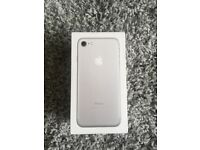 BRAND NEW never been used Apple I phone 7 32GB