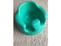 Bumbo - Green bumbo with tray. Immaculate condition.