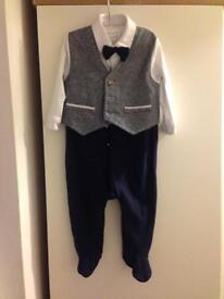 Mamas and papas all in one suits 6/9months