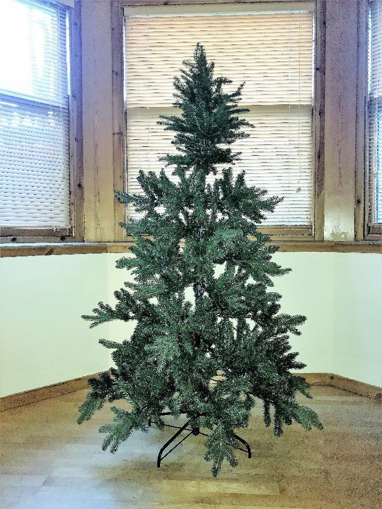 Christmas tree - 6 foot - for sale