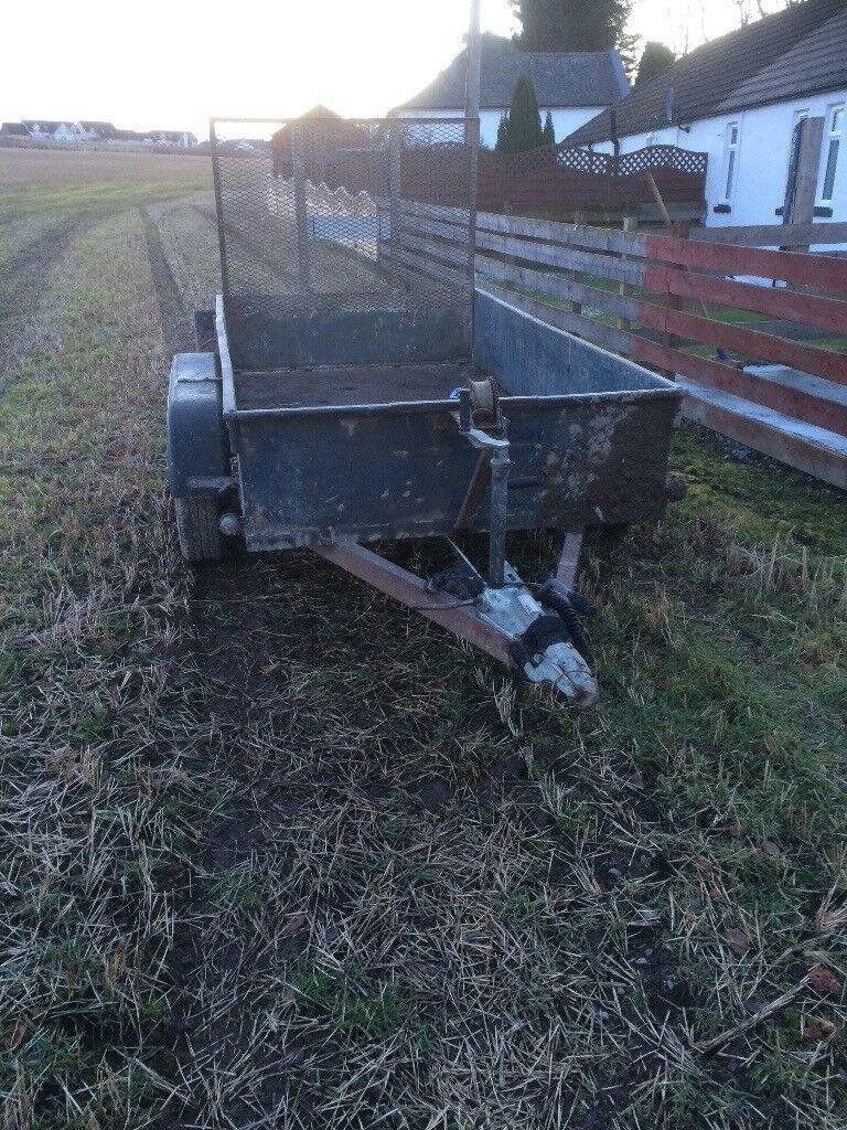 Twin wheeled trailer