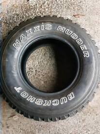 245 75 16 maxxis mudder buckshot
