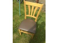5 Dinning Room Chairs For Sale