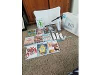 Big wii bundle - Boxed Nintendo Wii & 9 games & fit board