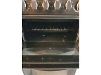 Belling freestanding electric oven. Hardly used. Great condition. Collection from east Croydon