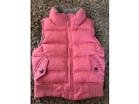 GAP Girl Puffer Vest Size XS (4-5) Excellent Condition