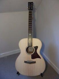 Tanglewood TW70 SS Premier Range Acoustic Guitar.