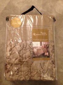 Super king size duvet set BN