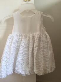 Girls flower girl dress Age 1-2 white