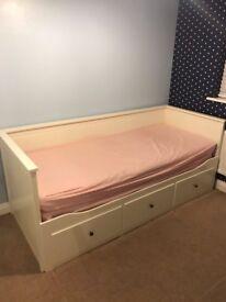 Ikea Day Bed (HEMNES)
