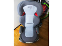 GRACO JUNIOR GREY /RED CAR SEAT WITH TWO CUP HOLDERS