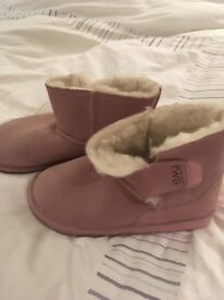 Brand new pink Emu boots, size 7