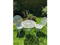 Pretty Metal Garden Table & 2 Chairs