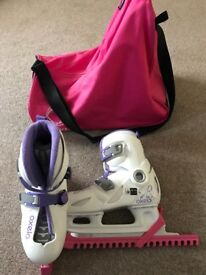 Decathlon Oxelo girls ice skates plus bag and blade guards