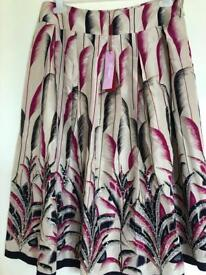Ladies monsoon skirt new with tags 100% silk